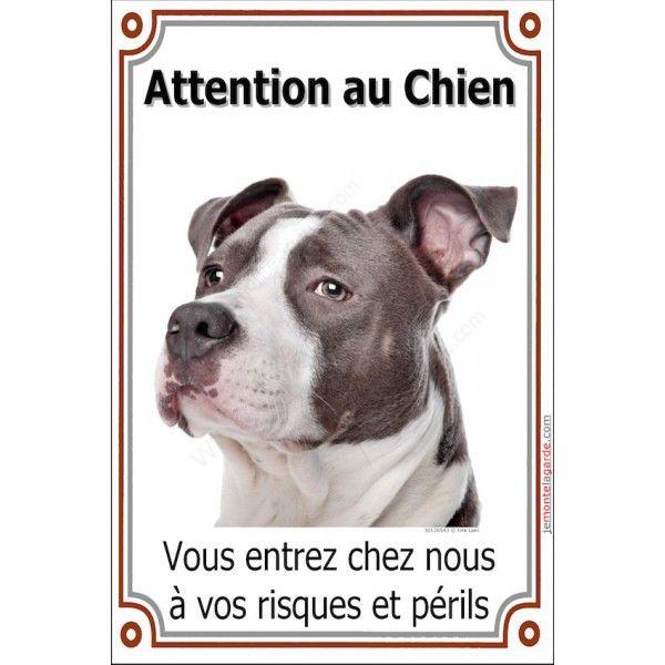 Plaque portail verticale, Am-Staff bleu-gris, Attention au Chien, vous entrez chez nous à vos risques et périls. 24 x 16 cm 14,99€ pancarte panneau american