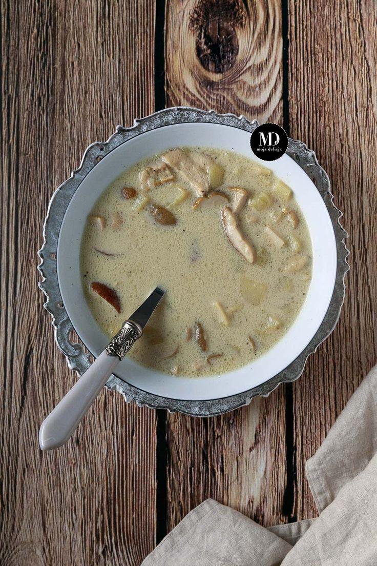 Zupa grzybowa z mrożonych borowików z ziemniakami i łazankami. Pyszna zupa grzybowa.  //Polish mushroom soup    #mojadelicja #xmas  #christmas #yummy #delicious #food #foodporn #foodphotography #foodie #photography #photooftheday #foodphoto #picoftheday #mushroom #soup #souprecipes