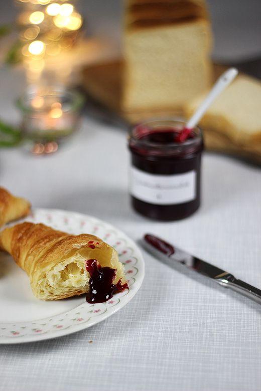 Nicht nur Punsch und Weihnachtsplätzchen schmecken so richtig schön würzig-süß nach Weihnachten, das kann auch Marmelade. Ziemlich gut soga...