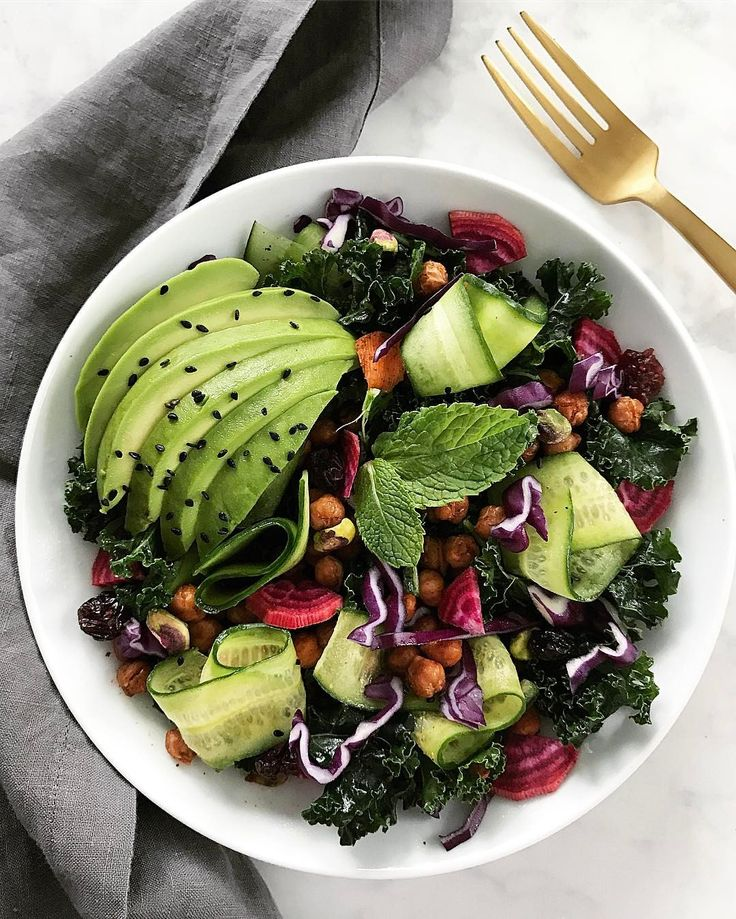 Avocado and warm roasted chick pea - perfect and healthy colorful salad