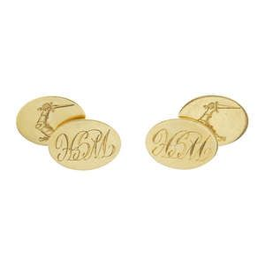 LOT:815 | A pair of 18ct gold cufflinks.