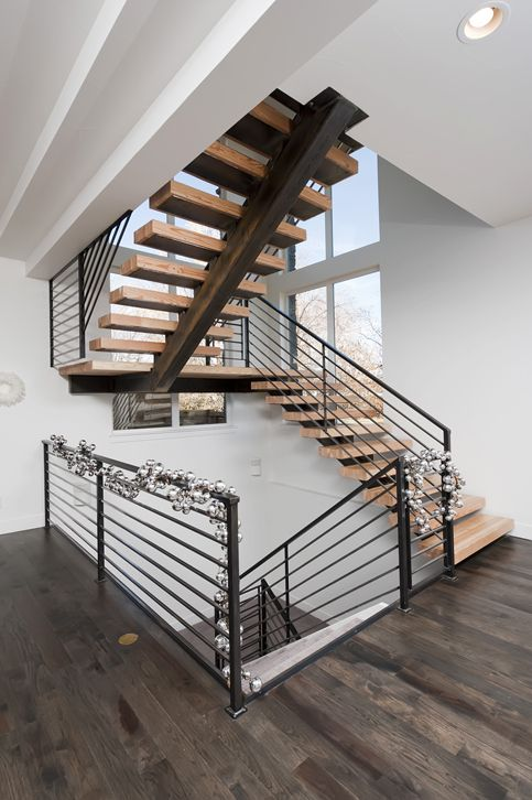 Industrial Mono-Stringer Steel Staircase
