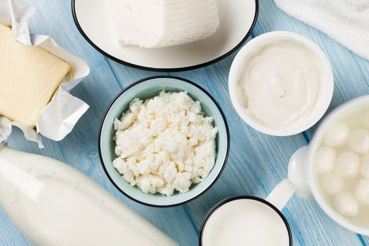 Nog melk, kaas of yoghurt in de koelkast? Weggooien zou zonde zijn. Dankzij deze tips verspil je geen zuivel meer. Maar gebruik je hem in een gerecht.