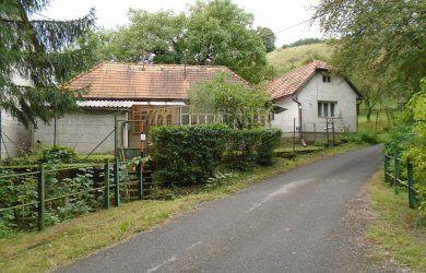 Fotka #1: Ponúkam na predaj rodinný dom v obci Orovnica