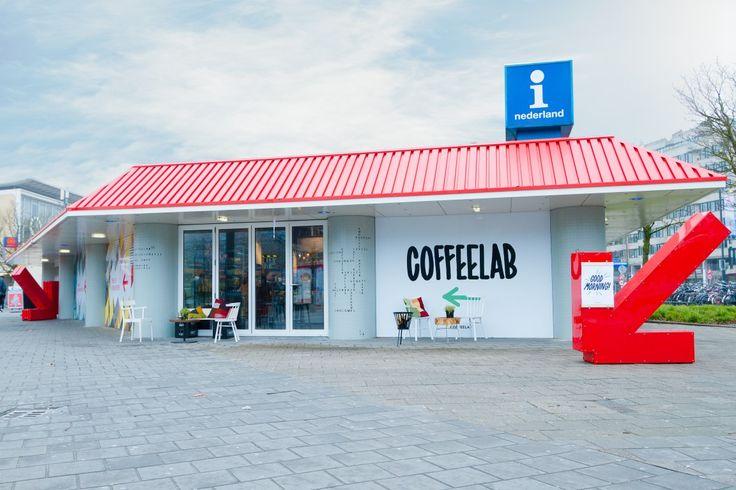 CoffeeLab: In het CoffeeLab houden ze van experimenteren. In het bijzondere pand van de VVV-brandstore van Eindhoven vind je deze gezellige zaak, waar koffie drinken een interactieve belevenis wordt. Plan nu je dagje uit in een van deze leuke koffie barretjes @ www.streekweb.nl