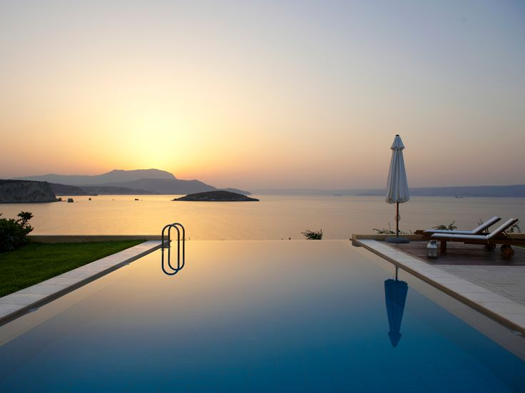 Now you can find all our latest and special offers with one click! #Crete #Best #Offers : http://www.cretetravel.com/offers/