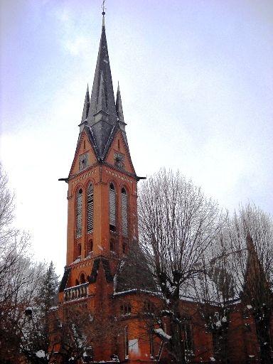 ČERVENÝ KOSTEL je bývalým kostelem Německé evangelické církve