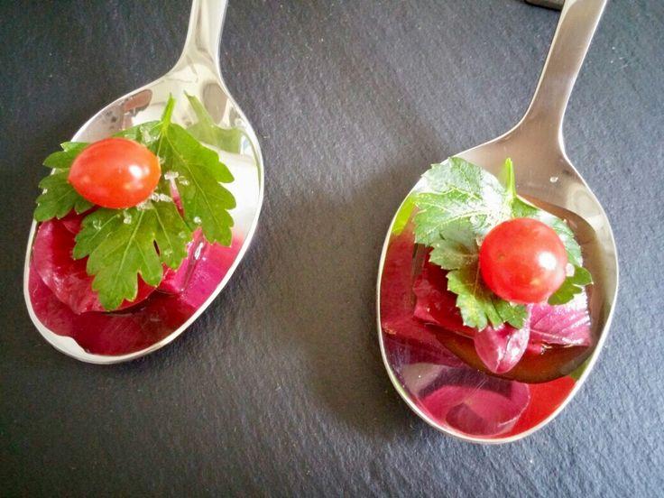 Amuse Gueule #L – Melonenrettich  • Tomberry • Tannenholz • Roter Chicorée • Teriyaki  #essen #food #kulinarisch #Essen #Lifestyle #recipe #Rezept #Rezepte #joesrestandfood #Trend #Trends #trendy #top #Hype #hip #Glamour #AmuseGueule #Gueule #Amuse #Gourmet #Feinschmecker #foodporn #style #tagsforlikes #bestoftheday #photooftheday #tflers  An diesem Tag gibt es wieder ein Rezept zum ausprobieren.