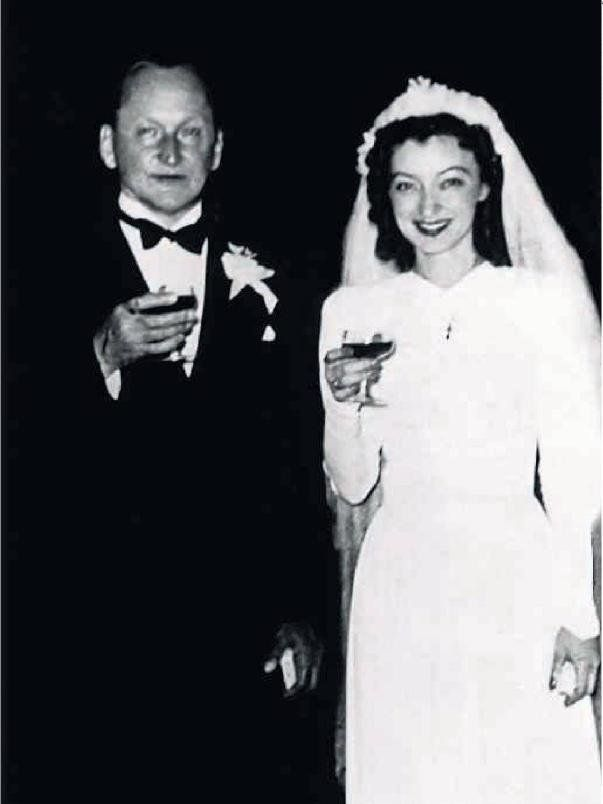 1942.  Alexander Vertinsky and Lidiya Vertinskaya
