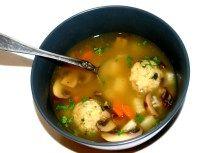 Buchstabensuppe mit Klößchen | vegetarische und vegane rezepte - lieblingsmahl