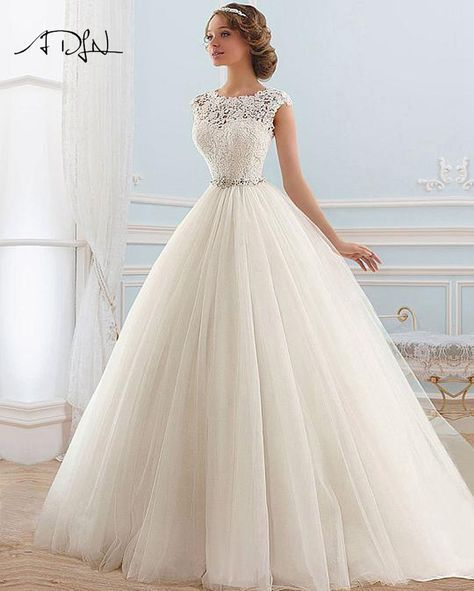ADLN Stock Lace Wedding Dresses 2017 Vestido de noiva A-line Tulle Princess Beading  Bridal Gown Customized 428e386bb841