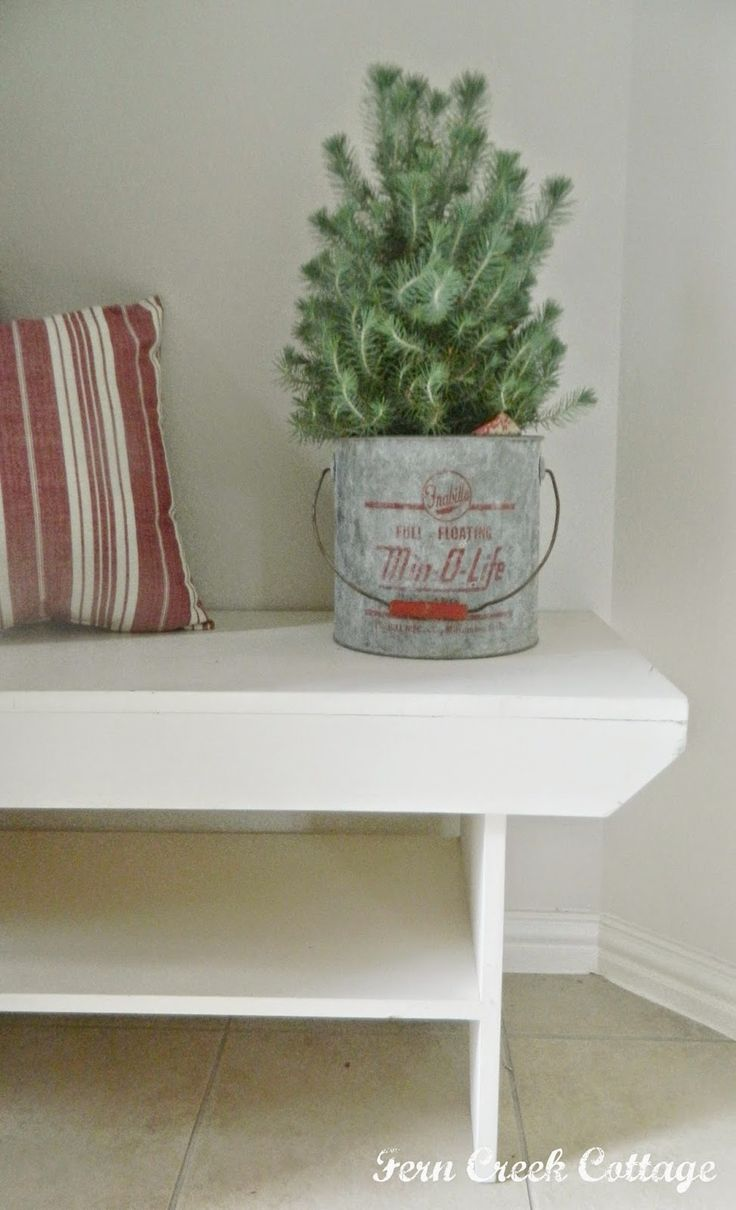 Fern Creek Cottage: My Cottage Christmas Entry Way 2014