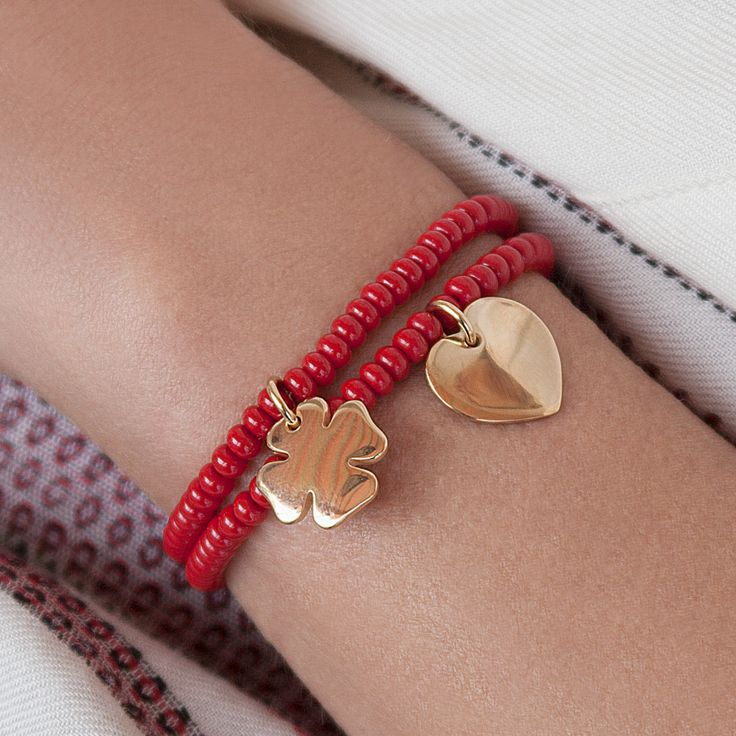 RED CRYSTAL PEARLS BRACELETS #bemylilou #bracelets #jewelry #engraving #red #pearls #heart #clover