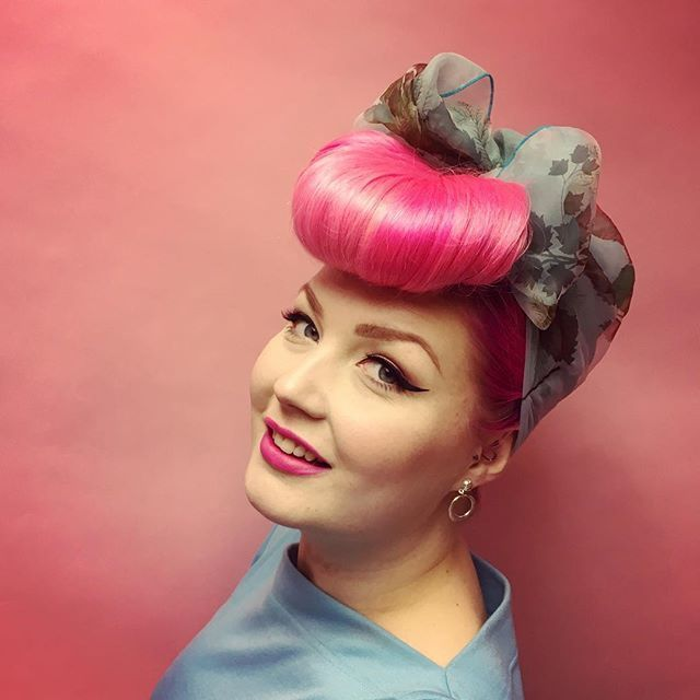 Pin On Fashion Beauty: 793 Best Images About Rockabilly & Pin Up Hair And Makeup