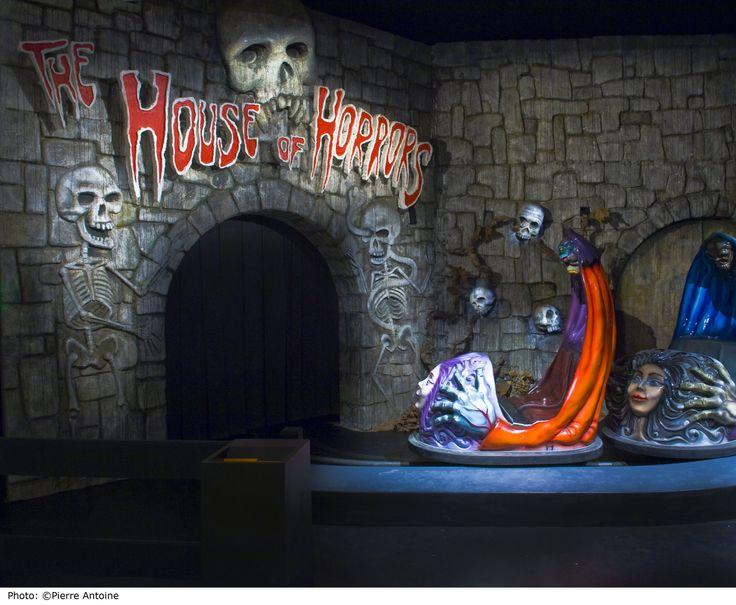 Un train fantôme au Musée d'Art Moderne de Paris !!! :D Exposition - The House of Horrors (Le Train fantôme) Sturtevant - MaM - Paris.fr #art #exhibition #Paris #horror