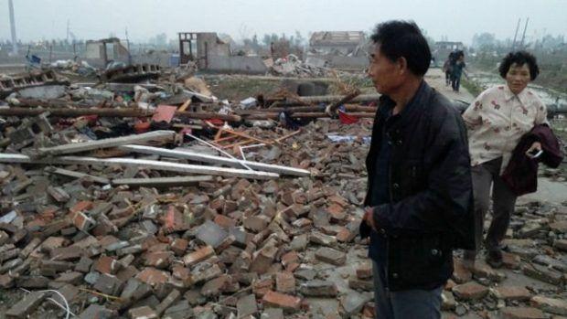 China dihantam badai, korban tewas jadi 98 orang