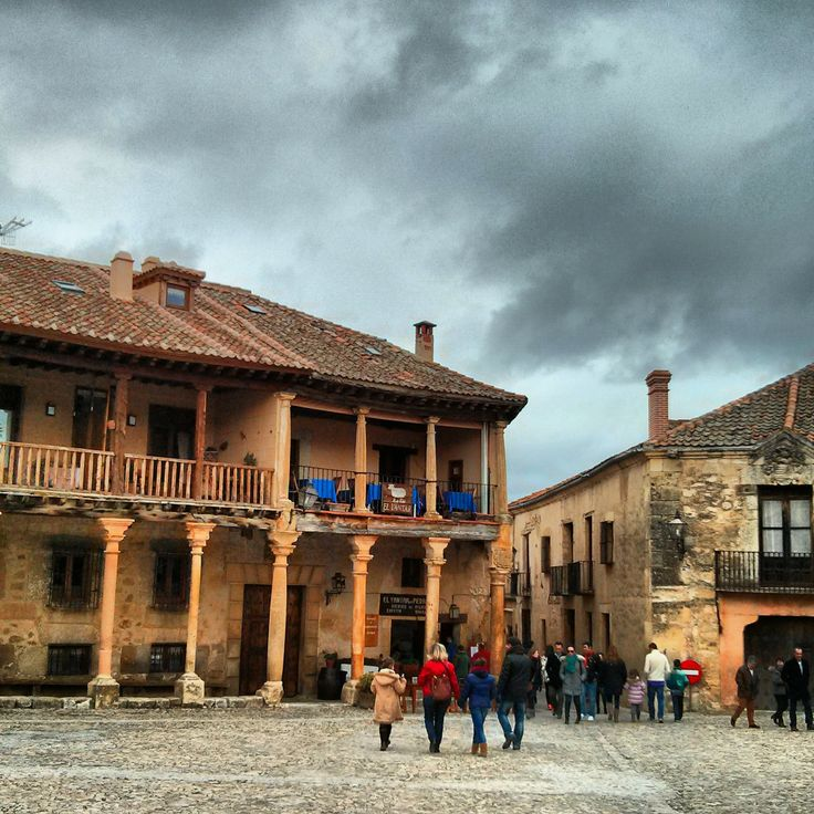 Pedraza en la provincia de Segovia, Spain. via @Oscuelar en #Instagram