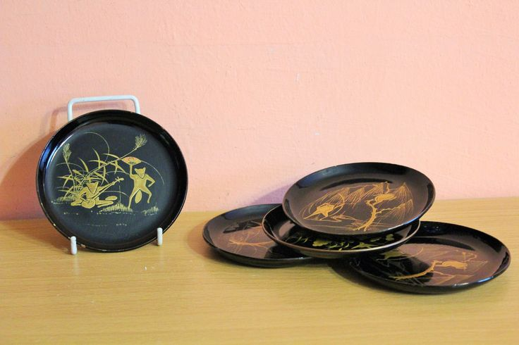 Vintage Japanese Black Lacquer & Gold Frogs Coasters Set, Lacquer ware Japan Oriental Asian by Grandchildattic on Etsy