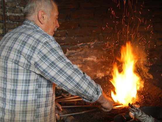 The local blacksmith of Beypazari #traditions #people