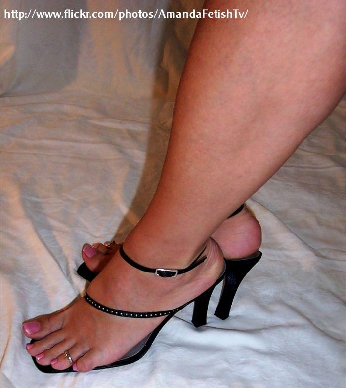 Femboi feet