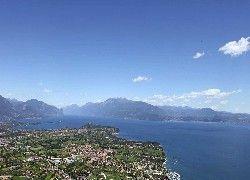 Camping Piantelle am Gardasee in Moniga del Garda mit Restaurant, Supermarkt, Bojen und kinderfreundlichen Badestrand