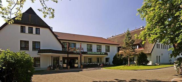 Hotel Warnemünder Hof - Top Eventlocations in Rostock #event #location #top #best #in #rostock #veranstaltung #organisieren #eventinc #beliebt #congress #seminar #meetings #business #tagungshotel #hochzeit #heiraten #businessevent #firmenevent #privatraum #mieten #fotolocation #veranstaltungsraum