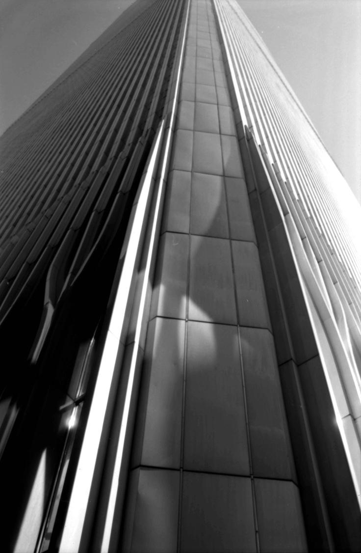 Fernando Zaccaria, 2001, Street of light WTC, stampa giclèe su carta carta cotone, cm 48 x 68, dalla serie New York City Sept. 10th, 2001-2012.