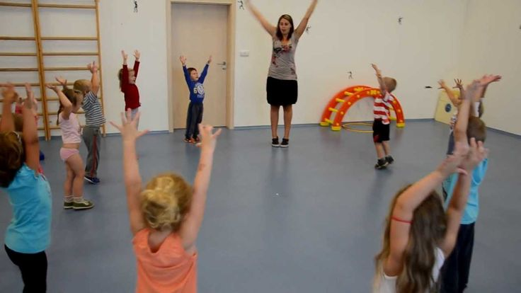 Ranní rozcvička - sportovní aktivity ve školce