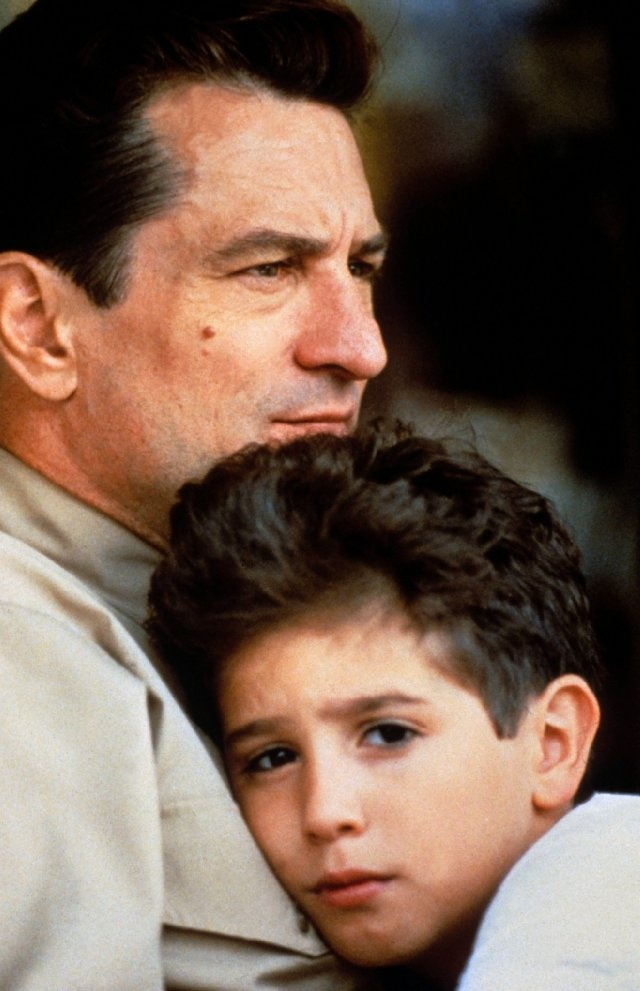 Robert De Niro and Francis Capra in A Bronx Tale