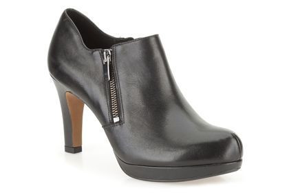 Clarks Amos Kendra, Black Leather, Womens Smart Shoes