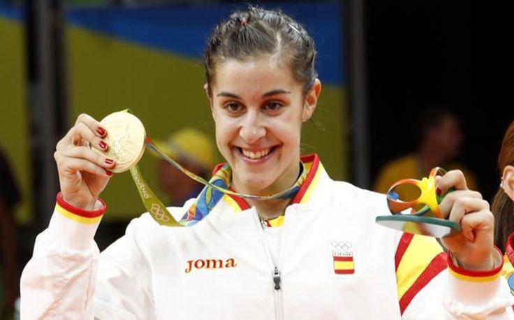 El deporte español se vuelca en elogios hacia Carolina Marín