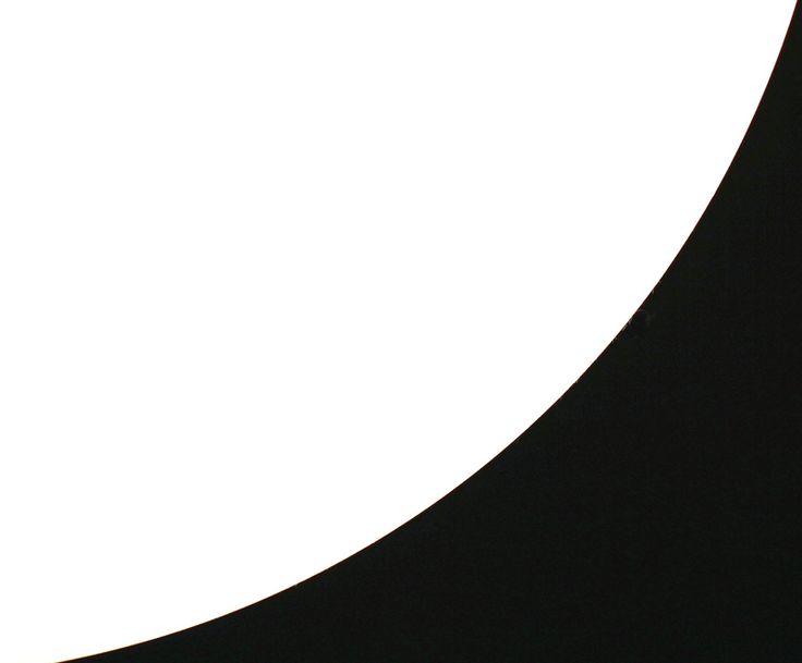 Abstrakti kuvasarja Raja: valosta varjoon