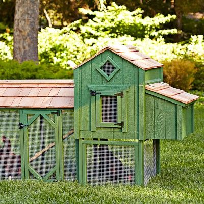 406 best cute coops images on pinterest chicken coops for Small chicken coop with run
