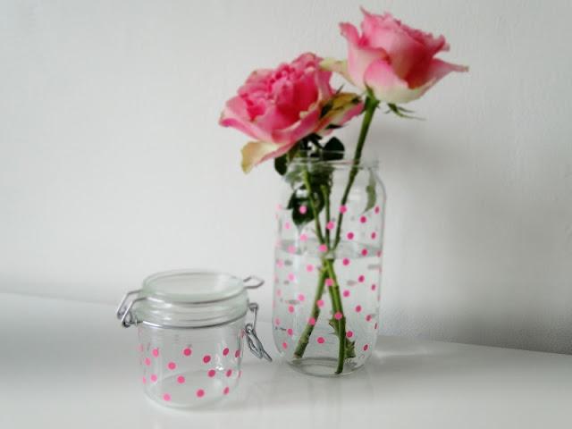 DIY Easter flower bottles