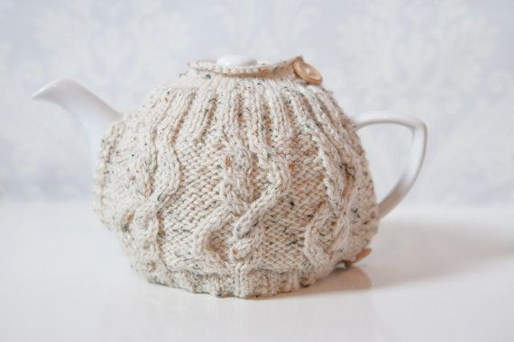 Gorgeous Tea Cosy. Perfect for Christmas present!