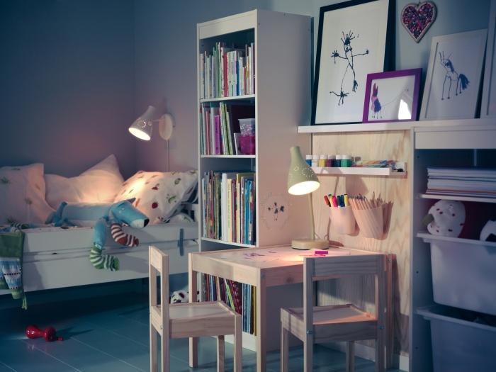 Πιο πολύ απ' όλα μου αρέσει να ζωγραφίζω. Έχω και δικό μου γραφείο!