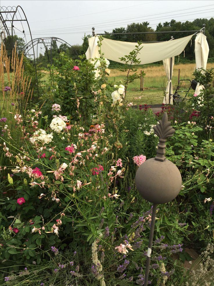 Ideal Lieblingsbeet vor Gartenbett Himmelbett