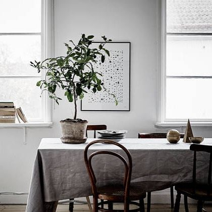 Linen Tablecloth On Dining Table