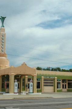 Tower Cocono and U Drop Inn Shamrock, TX