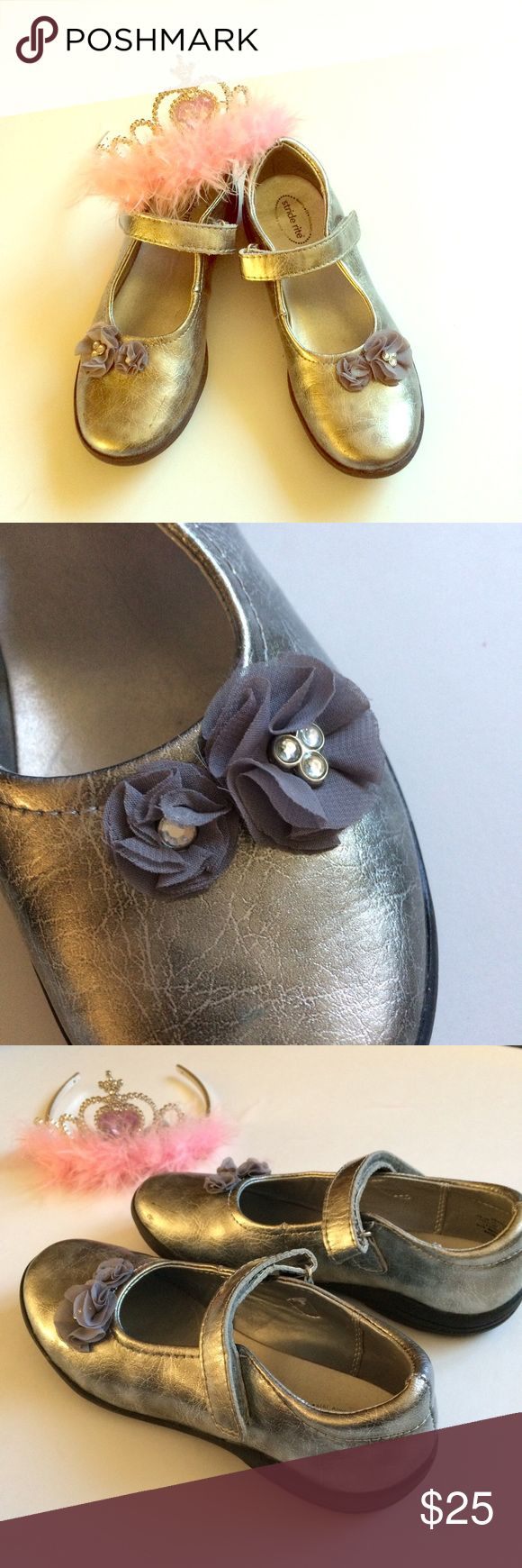 Stride Rite MaryJane Antique like silver leather upper w flower accent. Velcro fastener. Non marking sole. Gently worn a few times. Pairs with everything. Very good condition. Stride Rite Shoes Dress Shoes