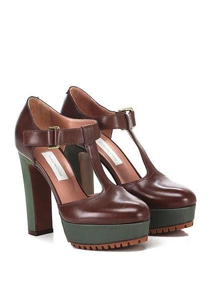 L'Autre Chose: verde e marrone una combo perfetta! #fallwinter20162017 #autunnoinverno20162017 #shoes #scarpe #boutiquemontorsi #montorsimodena #modena #italy