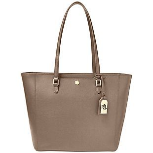 Get up to 50% off name-brand handbags that were recently put on clearance at Macys.comCheck out this The Sak Silverlake Hobo which drops from $179 to $107 this Coach Leather Wristlet which drops from $75 to $45 and this Ralph Lauren Newbury Halee L... https://www.isavetoday.com/deal-detail/50-brand-handbags-put-clearance-macys-comcheck-sak/5279