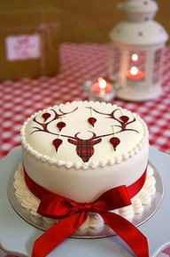 Tartan Reindeer Christmas Cake by Sucre Coeur - Eats & Ink, via Flickr - Hey, I would make this with just the red ribbon-it looks wonderful!!