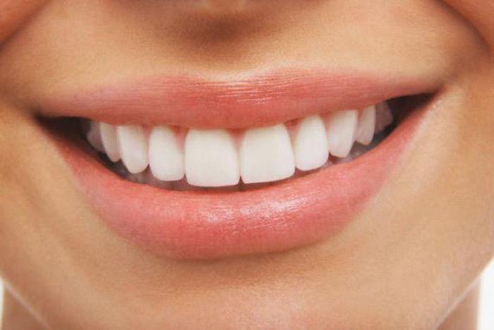 Eliminar o tártaro dos dentes