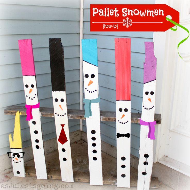 Snowmen made from a wooden pallet