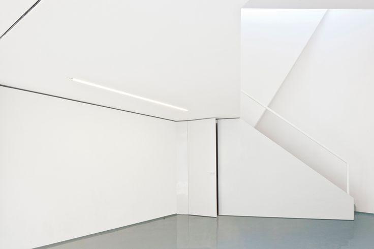 Mini-Studio by FRENTEarquitectura