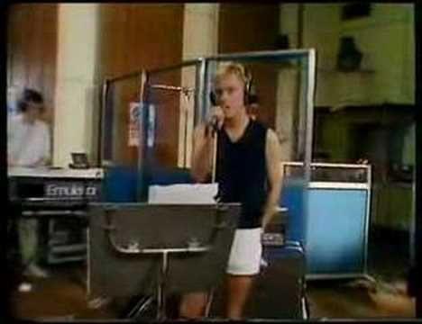 "new order live performance of ""temptation"" at BBC radio 1 studios, 1984."