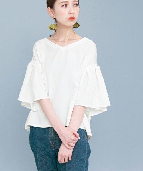 【ZOZOTOWN|送料無料】KBF(ケイビーエフ)のシャツ/ブラウス「KBF タックフレアスリーブブラウス」(KB75-23D080)を購入できます。