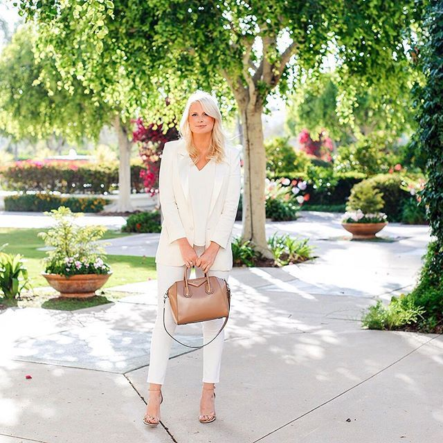 I wore this all-white @express ensemble to my birthday dinner last night! Shop my outfit when you sign up with your email 👉🏻 http://liketk.it/2oLxa @liketoknow.it #liketkit #expressedition #expresspartner #expresslife