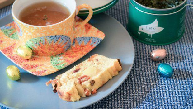 Recette de cake aux flocons d'avoine et fromage blanc. Simple, léger et savoureux.
